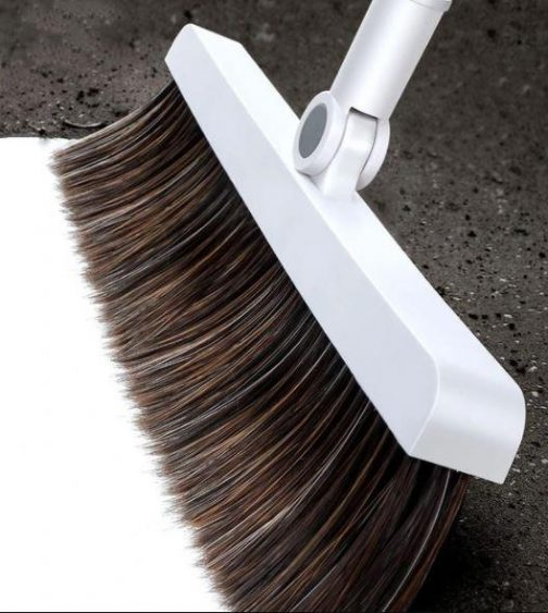 """Stainless Steel """"Built-In Comb"""" Rotating Broom"""