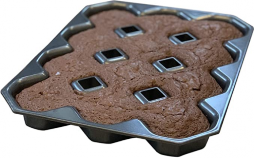 Bakelicious Crispy Corner Brownie Pan, 10.5 x 13.63 x 1.5 inches