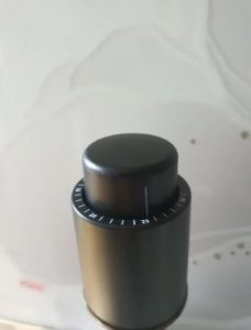 Vacuum Wine Stopper photo review